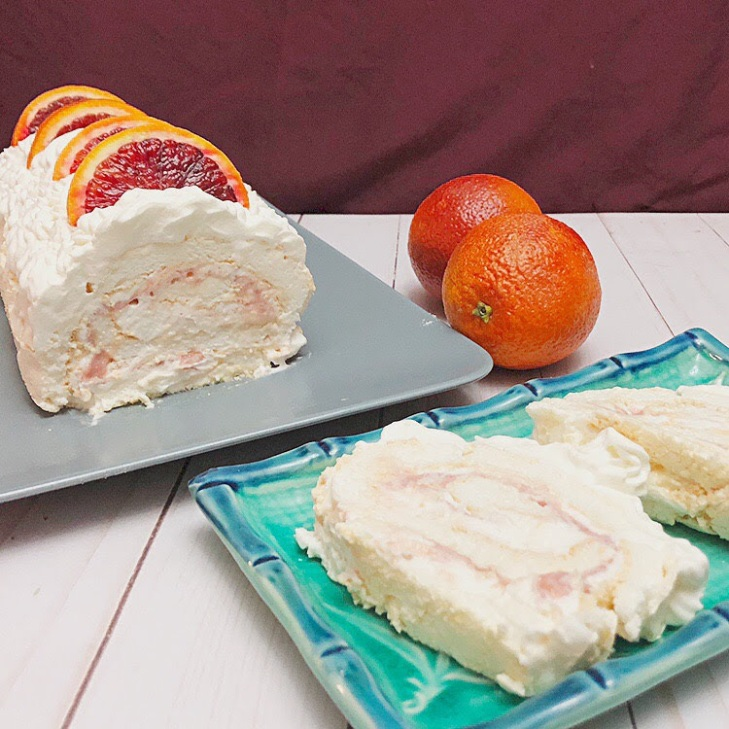 Sliced meringue roulade